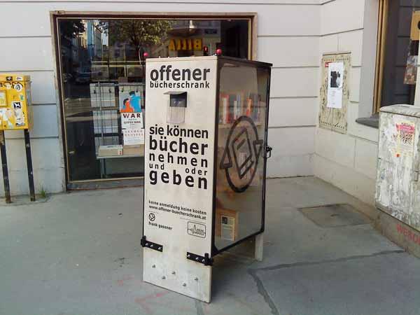 buecherschrank
